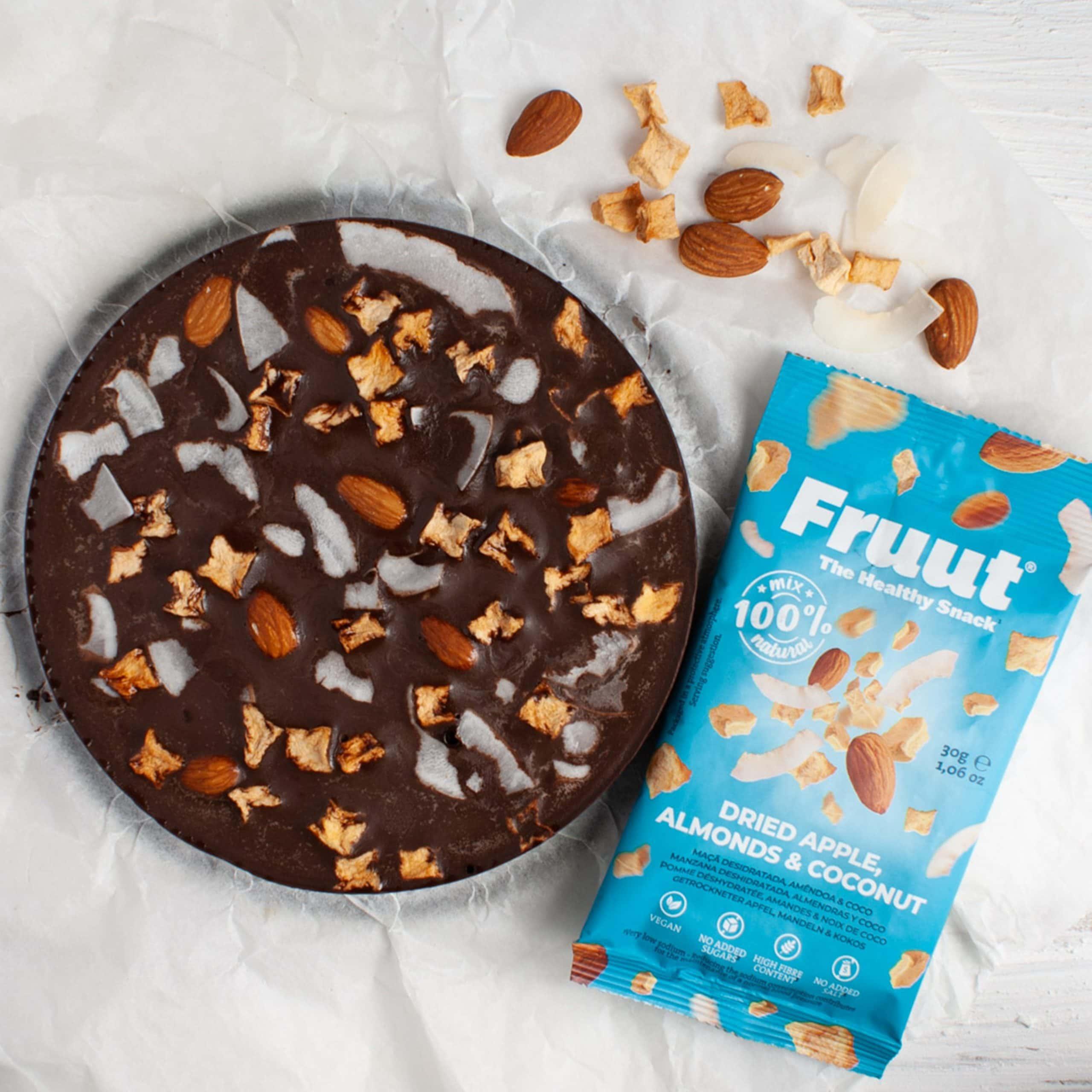 bolo-chocolate-saudavel-frutos-secos